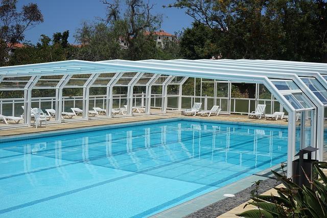 zasklený bazén