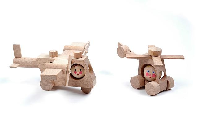 hračky ze dřeva